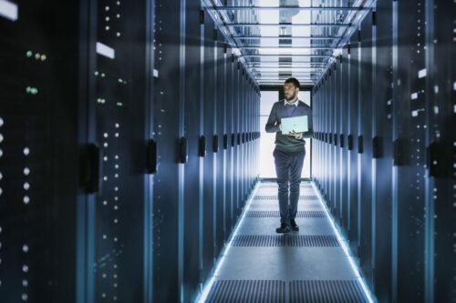 Centra danych sięgają po integratorów