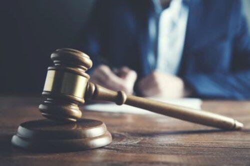 Sądy krytykują praktyki skarbówki
