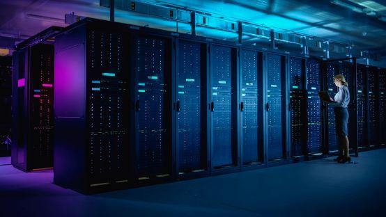 Hossa na data center z prefabrykatów