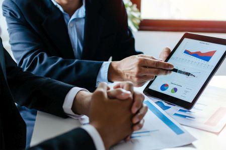 Szefowie IT muszą dostosować się do liderów firm