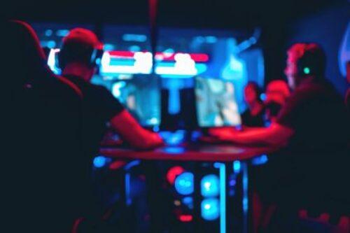 Gaming: po boomie dołek w 2021 r.