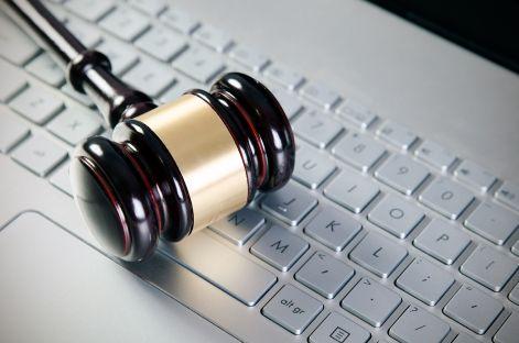 Sąd: przetargi na komputery i monitory za 3 mln zł