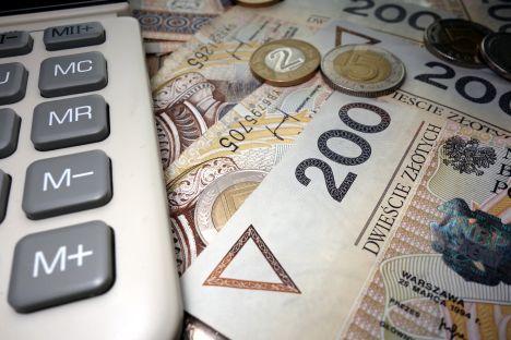 Skarbówka chce podatku od tarczy finansowej
