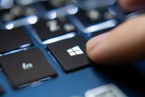 Setki tysięcy komputerów z Windows podatne na ataki