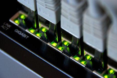 Mieszane nastroje na rynku przełączników i routerów