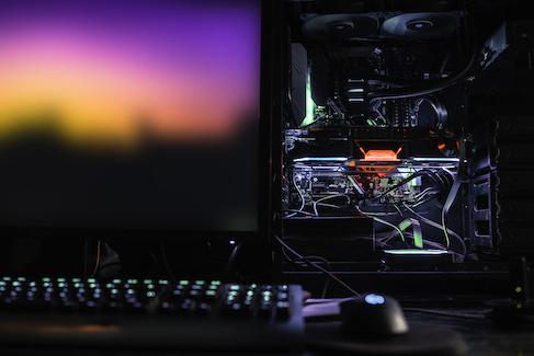 Komputery gamingowe na fali wznoszącej
