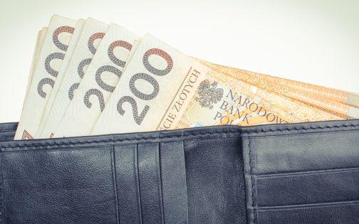 Zarobki IT w dół. 14 tys. zł w 2021 r.