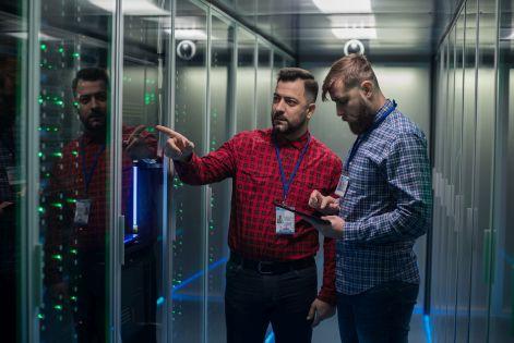 Remis na rynku serwerów. HPE i Dell ramię w ramię