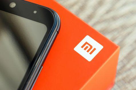 Xiaomi korzysta na słabości rywali i więcej zarabia