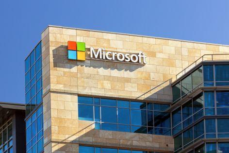 """Microsoft inwestuje tam, """"gdzie przypływ unosi wszystkie łodzie"""""""