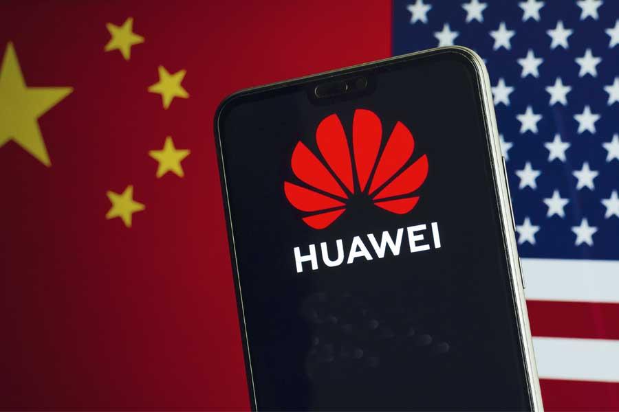 Amerykańskie sankcje zabolały Huawei