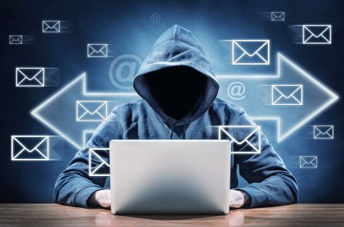 Włamanie do skrzynki e-mail szefa kancelarii premiera. Wyciekły tajne dokumenty?