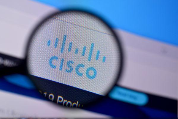 """Cisco kupuje. """"Radykalne uproszczenie zabezpieczeń"""""""