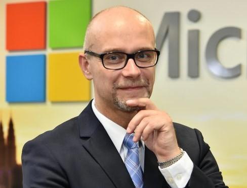 Microsoft: człowiek od małych klientów