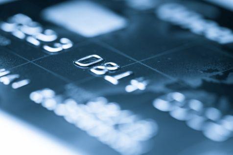 Skradziono dane 1 mln kart płatniczych. Polacy zagrożeni.