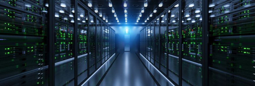 Microsoft: data center pod Warszawą ruszy w 2022 r.