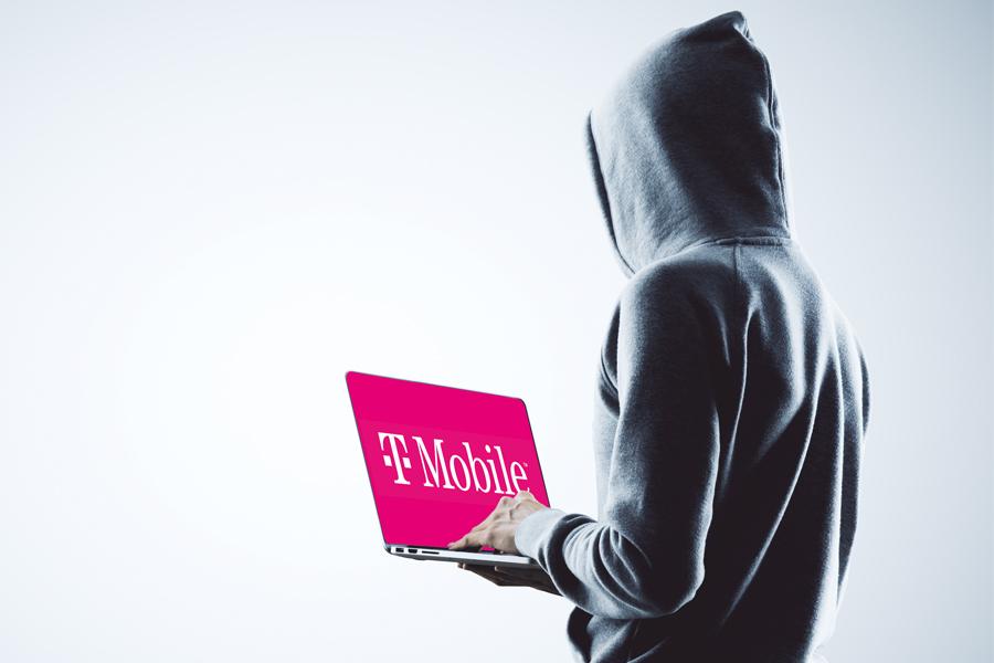 Jak młody haker ograł T-Mobile