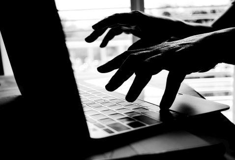 Polacy widzą rosnące ryzyko wyłudzenia danych