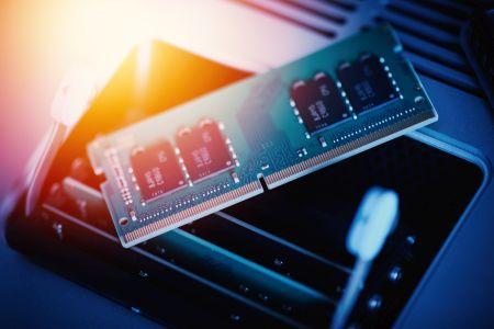 Ceny DRAM będą spadać w 2022 r.